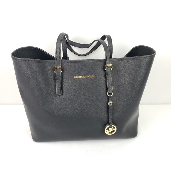efd3c94ffc0c Michael Kors Bags | Jet Set Travel Large Tote Purse | Poshmark